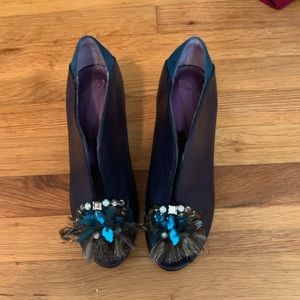 Poetic License heels